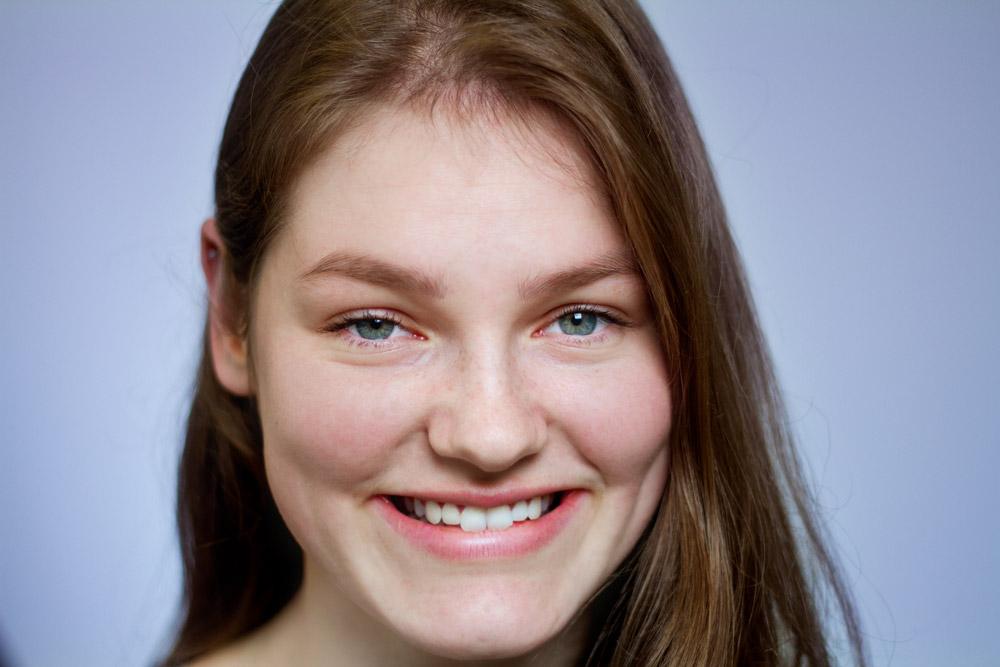 Anita, 18